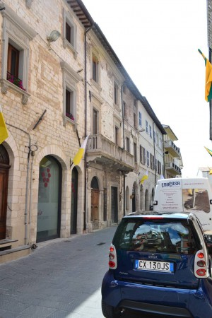 Bilocale Gualdo Tadino Corso Italia 1
