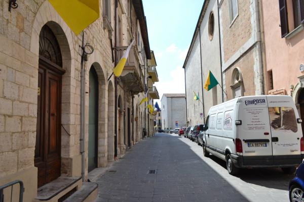 Bilocale Gualdo Tadino Corso Italia 2