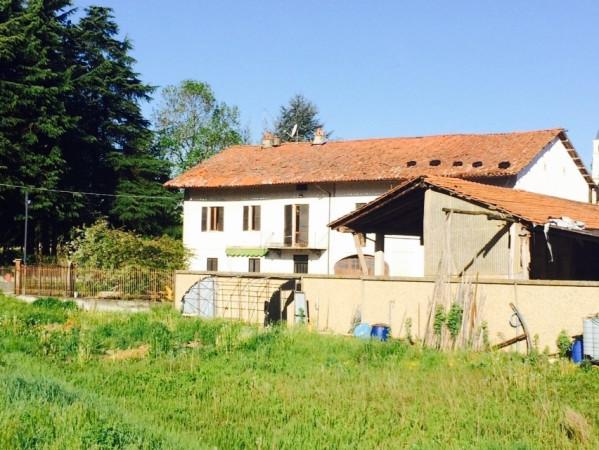 Rustico / Casale in vendita a Clavesana, 6 locali, prezzo € 88.000 | CambioCasa.it