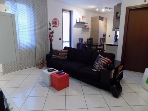 Appartamento in vendita a Villa Guardia, 3 locali, prezzo € 138.000 | Cambio Casa.it