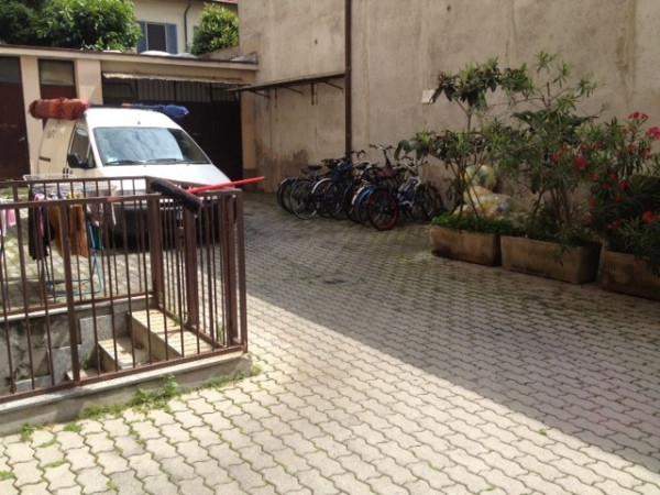 Bilocale Milano Via Guido Guinizelli 10
