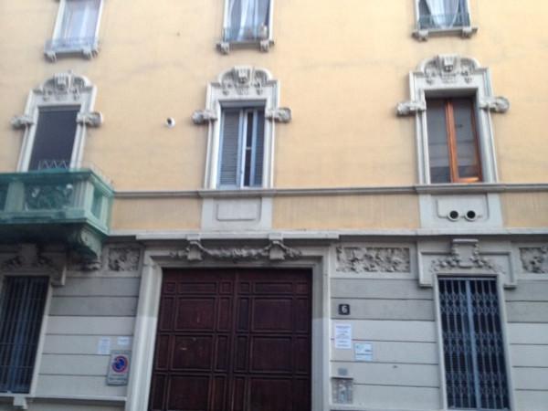 Bilocale Milano Via Guido Guinizelli 13
