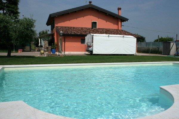 Villa in vendita a Verona, 6 locali, zona Zona: 10 . Borgo Roma - Ca' di David - Palazzina - Zai, prezzo € 1.050.000 | Cambio Casa.it