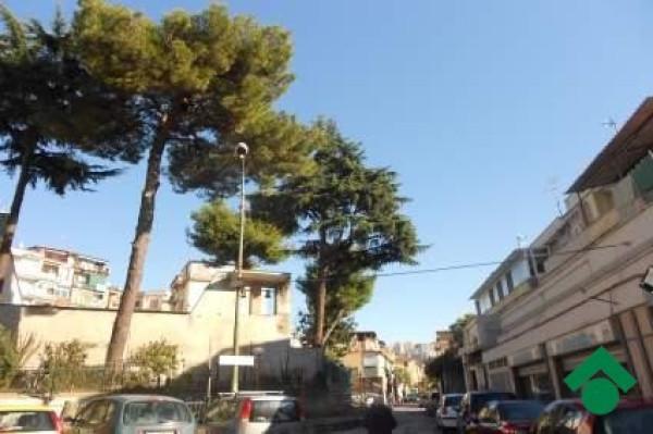 Bilocale Napoli Via G. Leopardi, 192 4