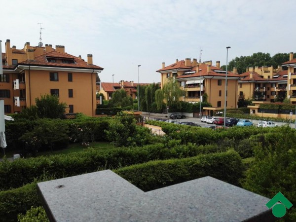 Bilocale Peschiera Borromeo Via Umbria 10