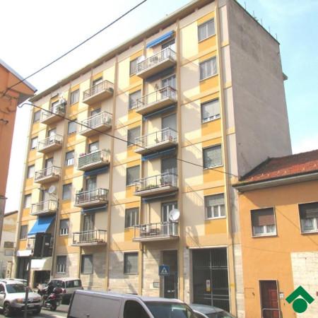 Bilocale Pavia Via San Pietro In Verzolo 1