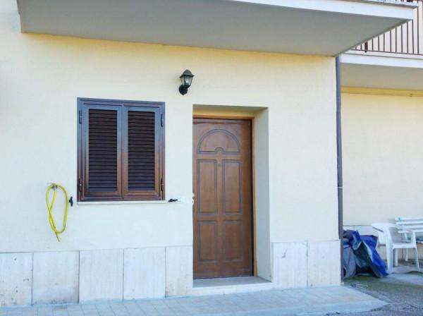 Bilocale Mentana Via Etruria 7