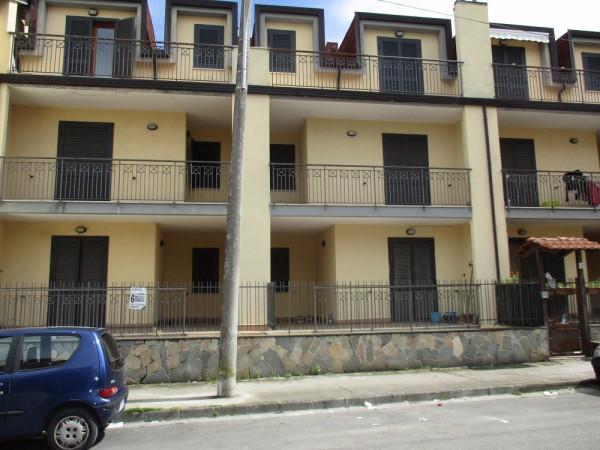 Villa a Schiera in vendita a Acerra, 6 locali, prezzo € 175.000 | Cambio Casa.it