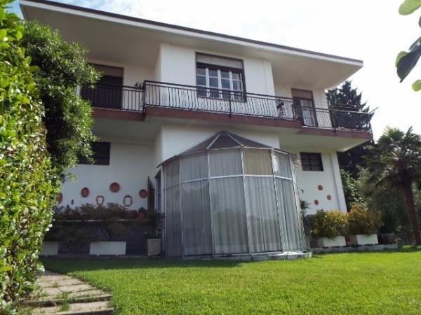 Villa in vendita a Cantù, 6 locali, prezzo € 320.000 | Cambio Casa.it
