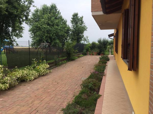 Villa in vendita a Somaglia, 5 locali, prezzo € 238.000 | Cambio Casa.it