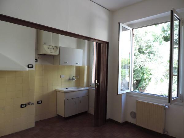 Appartamento in Affitto a Genova Periferia Est: 2 locali, 40 mq