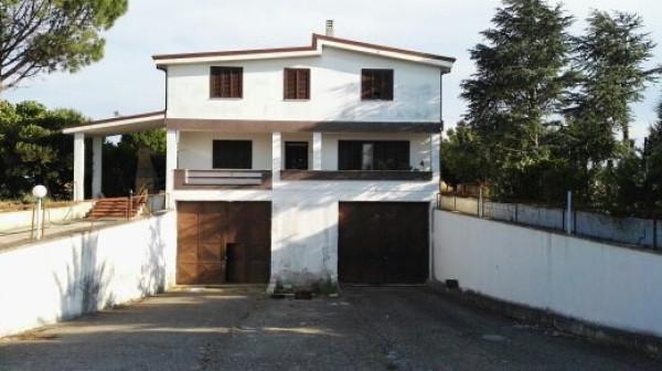 Palazzo / Stabile in vendita a Carmiano, 6 locali, prezzo € 228.000 | Cambio Casa.it