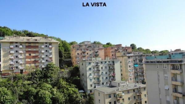 Bilocale Genova Via Pasquale Berghini 3