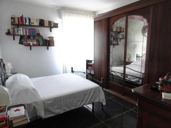 Bilocale Genova Via Pasquale Berghini 6