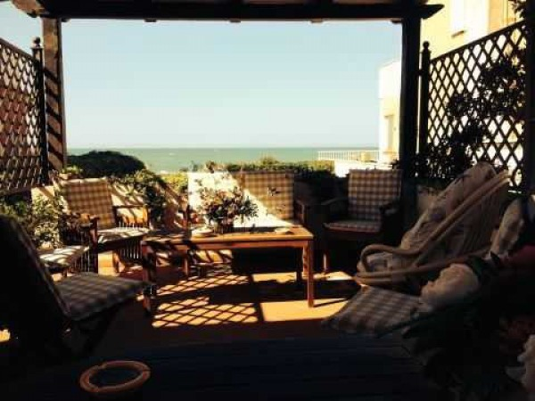 Villa in vendita a Anzio, 4 locali, prezzo € 450.000 | Cambio Casa.it