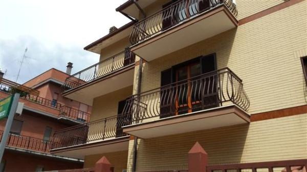 Appartamento in vendita a Roma, 5 locali, zona Zona: 28 . Torrevecchia - Pineta Sacchetti - Ottavia, prezzo € 179.000 | Cambio Casa.it