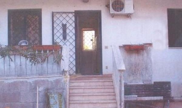 Bilocale Ardea Via Pisa 10