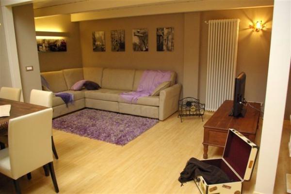 Appartamento in affitto a Alba, 2 locali, prezzo € 450 | Cambio Casa.it