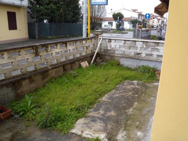 Villa in vendita a Agliana, 4 locali, prezzo € 235.000 | Cambio Casa.it