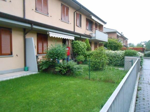 Appartamento in vendita a Scanzorosciate, 2 locali, prezzo € 135.000 | Cambio Casa.it