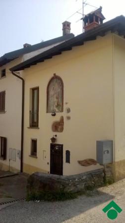 Bilocale Inverigo Via Monte Sabotino, 54 3