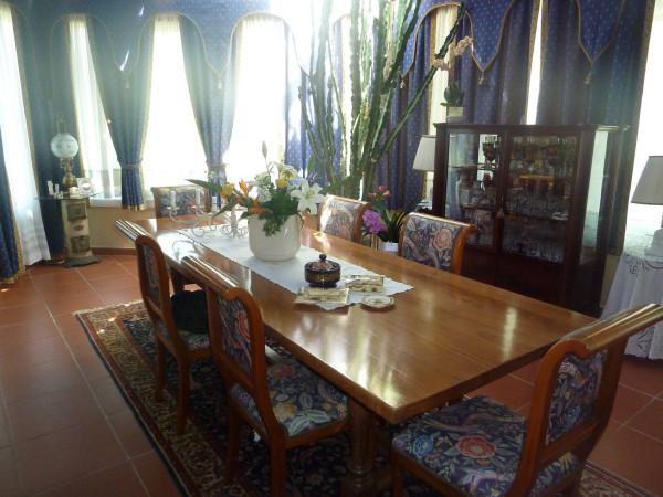 Villa in Vendita a Pontedera Periferia: 5 locali, 260 mq