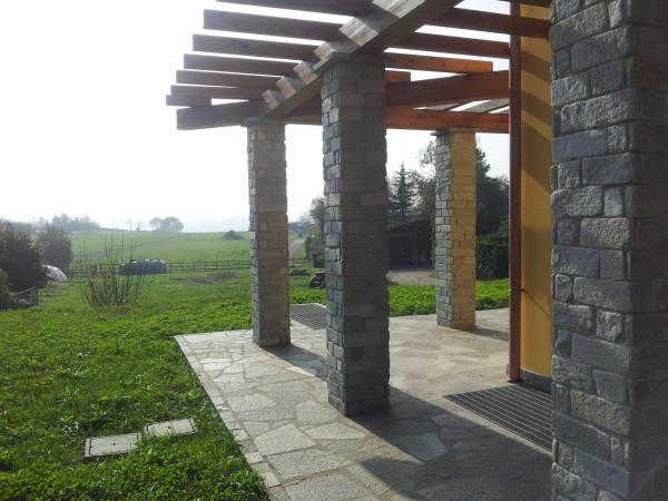 Villa in vendita a Verano Brianza, 4 locali, prezzo € 420.000 | Cambio Casa.it