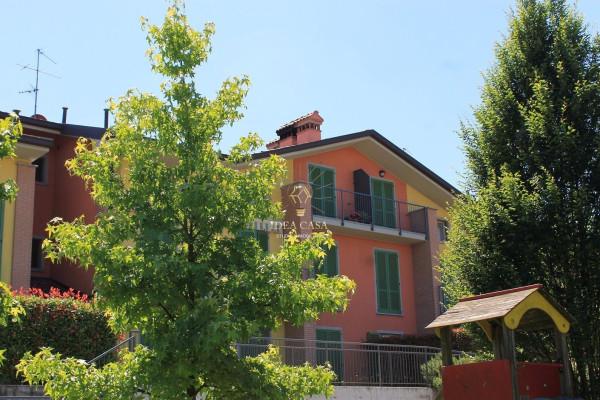 Appartamento in vendita a Cassago Brianza, 3 locali, prezzo € 145.000 | Cambio Casa.it