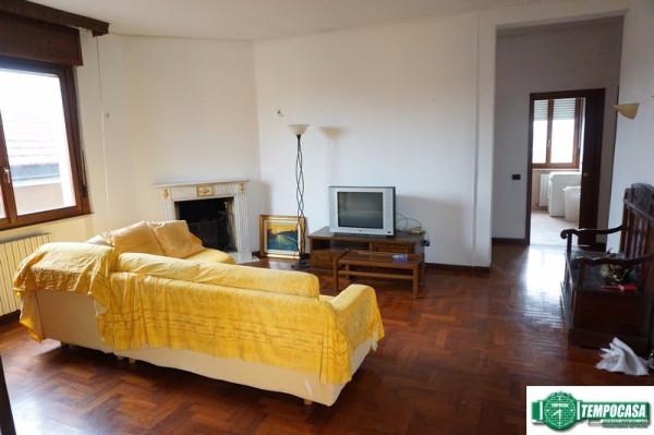 Appartamento in vendita a Peschiera Borromeo, 3 locali, prezzo € 249.000 | Cambio Casa.it