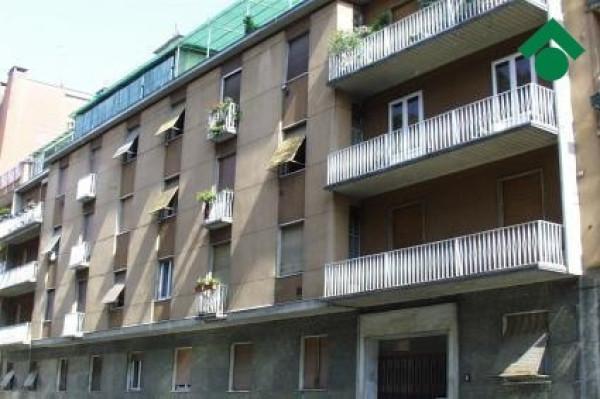 Bilocale Milano Via Baldo Degli Ubaldi, 8 1
