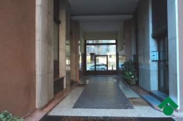 Bilocale Milano Via Baldo Degli Ubaldi, 8 7