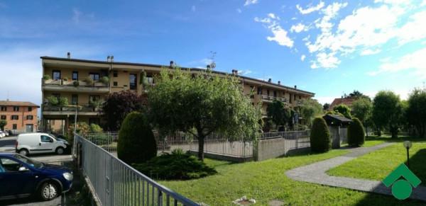 Bilocale Gorla Minore Via Fam. Terzaghi 12