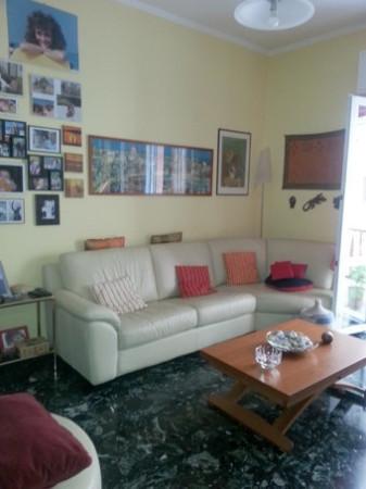 Appartamento in Vendita a Genova Centro: 5 locali, 70 mq