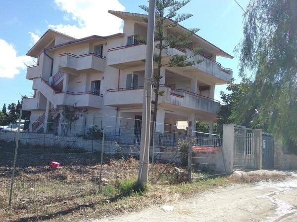 Villa in vendita a Alcamo, 6 locali, prezzo € 135.000 | Cambio Casa.it