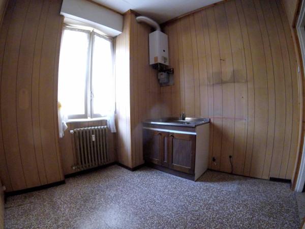 Bilocale Castellanza Via Trento Trieste, 20 10