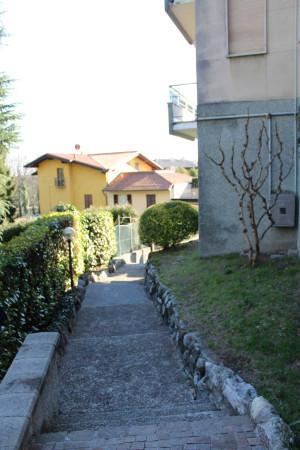 Bilocale Como Via Valorsa Cipriano 9