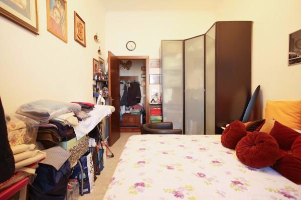 Bilocale Milano Via Monte Nevoso 11