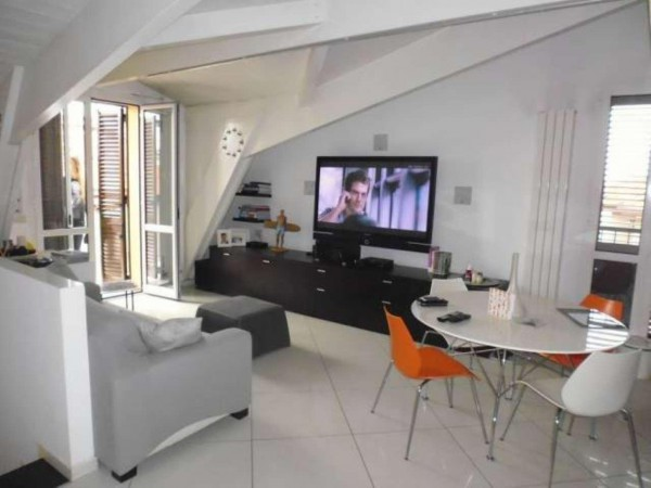 Appartamento in vendita a Pero, 3 locali, prezzo € 250.000 | CambioCasa.it