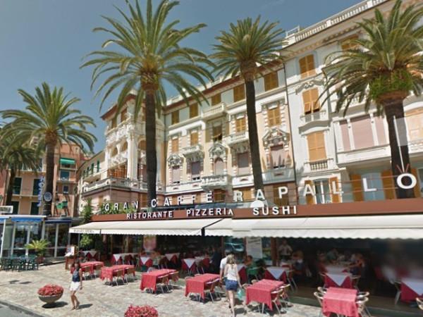 Appartamento in vendita a Rapallo, 5 locali, prezzo € 450.000 | CambioCasa.it