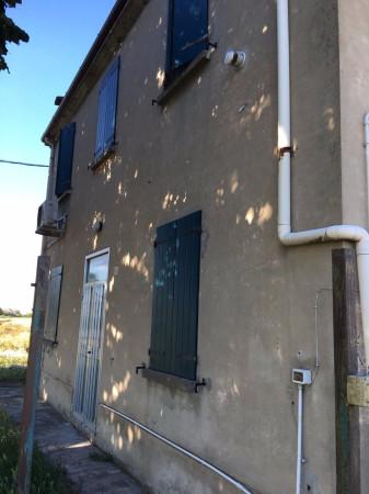 Rustico / Casale in vendita a Ferrara, 4 locali, prezzo € 55.000   Cambio Casa.it