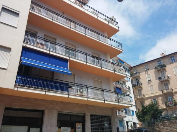 Appartamento in affitto a Ospedaletti, 3 locali, prezzo € 700 | CambioCasa.it