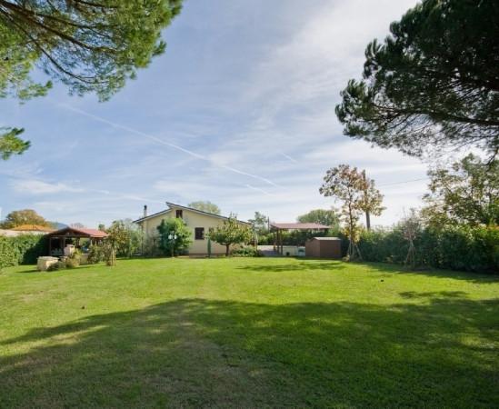 Villa in vendita a San Giuliano Terme, 6 locali, prezzo € 830.000 | Cambio Casa.it