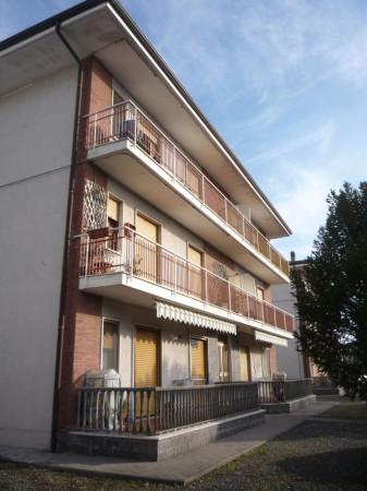 Appartamento in affitto a Caluso, 4 locali, prezzo € 350 | Cambio Casa.it