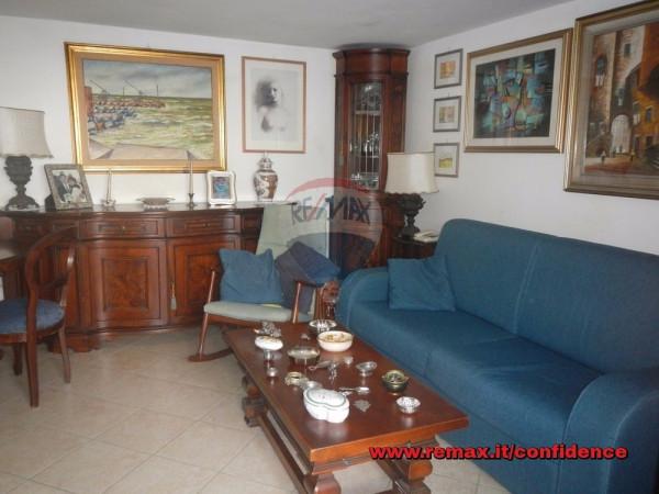 Bilocale Pomezia Via Garigliano 10