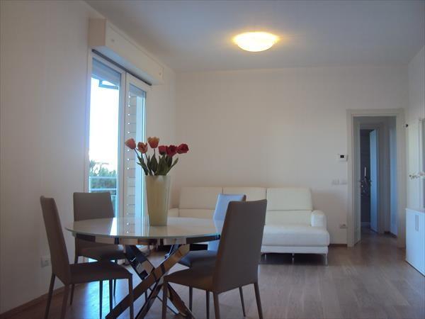 Appartamento in Vendita a Cervia Semicentro: 3 locali, 110 mq