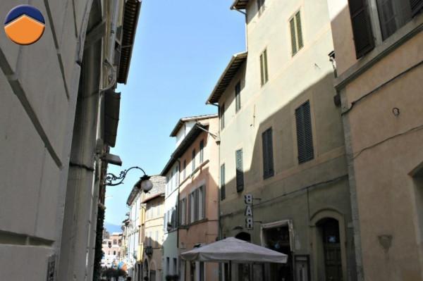 Bilocale Spoleto Via Macello Vecchio, 2 5