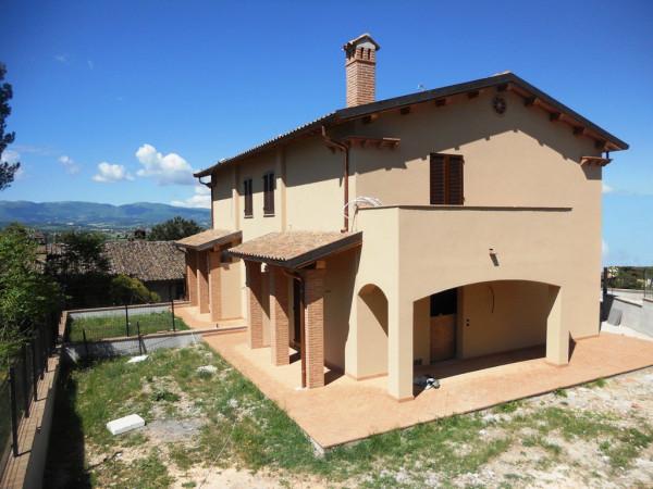 Villa in vendita a Campello sul Clitunno, 5 locali, prezzo € 250.000   Cambio Casa.it