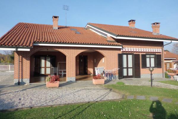 Villa in vendita a Cavallermaggiore, 6 locali, prezzo € 290.000 | Cambio Casa.it
