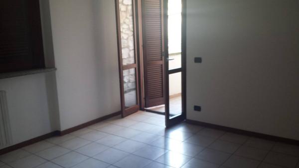 Bilocale Treviglio Via Benvenuto Cellini 2