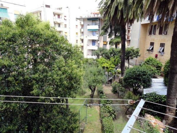 Bilocale Genova Via Romana Di Quarto 13